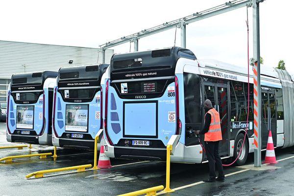 L'ensemble des bus ainsi que de nombreux dépôts seront rachetés par Ile-de-France Mobilités.
