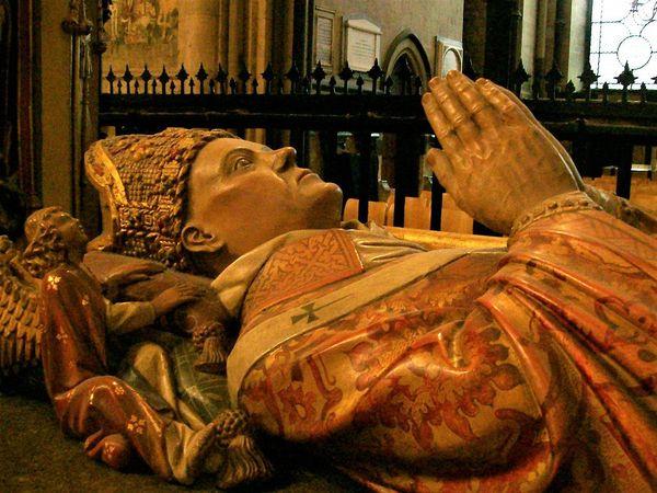 Le gisant d'Henry Chichele, archevéque de Canterbury.