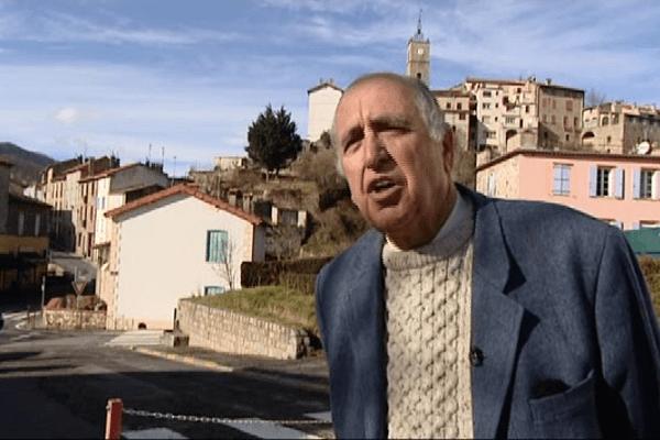 Louis Caseilles en campagne à Saint-Laurent-de-Cerdans