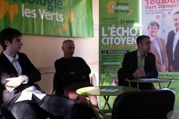 Antoine Maurice (à droite) conduira la liste écologiste à Toulouse