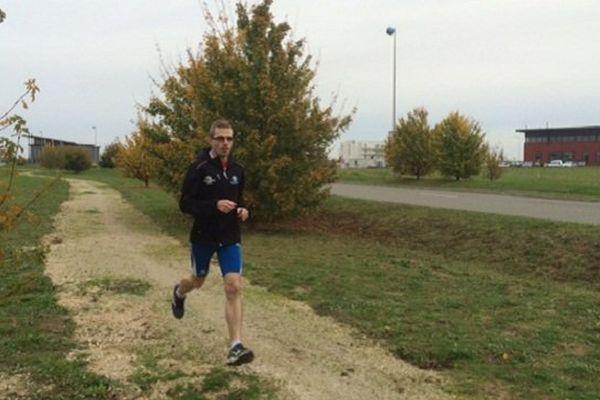 Gautier Massoué en plein entraînement pour le Marathon de New-York.