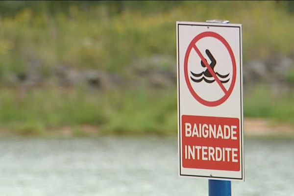 Baignade interdite au lac de Pierre Percée