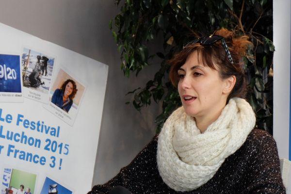 Aurélie Le Roc'h anime les rencontres avec le public dans les salles de projection