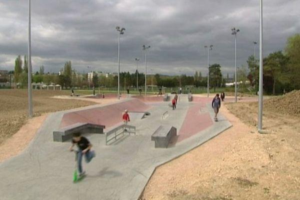 Le nouveau skate park situé au stade Nord est ouvert à tous les publics