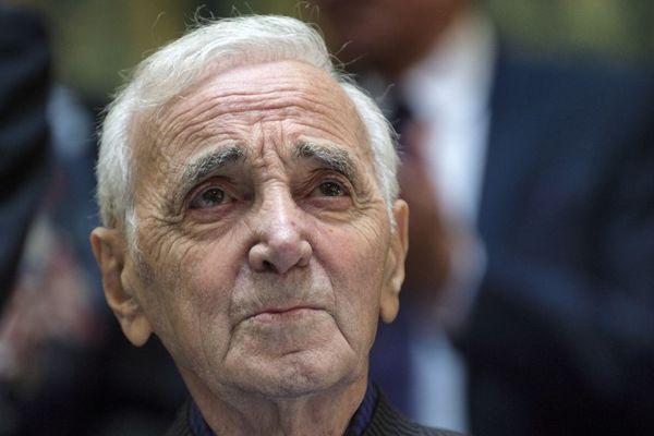 Charles Aznavour à la 157e vente des vins des Hospices de Beaune dimanche 19 novembre 2017.