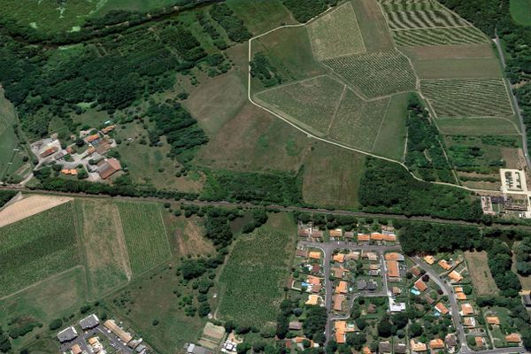 Le territoire de Bouaye, en zone péri-urbaine, voit ses fermes remplacées par des lotissements. Terre de Liens entend freiner ce phénomène.