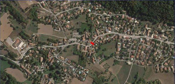 Le hameau de Saint Pierre, que ne pourront plus traverser les poids lourds à partir du 5 février (entre 8 et 9 h et 16 et 17 h)