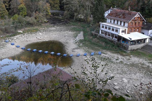 Le niveau d'eau commence tout juste à remonter dans les lacs du Doubs.