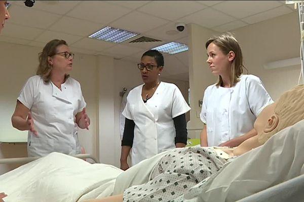 À la rentrée 2019-2020, les étudiants en soins infirmiers auront été sélectionnés sur dossier et non pas après un concours. Lundi 11 mars 2019