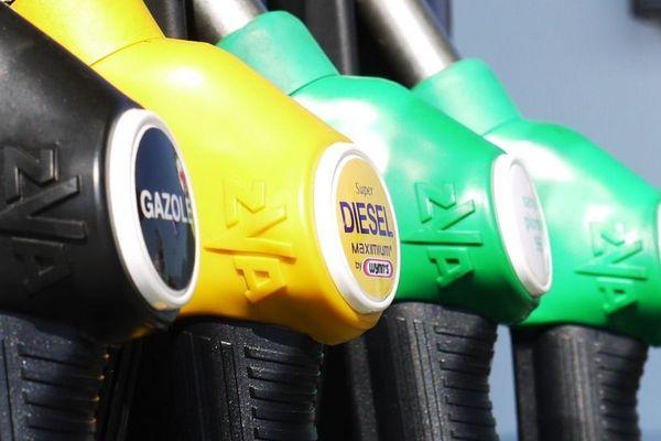 Les usagers de la route veulent lutter contre la hausse des prix des carburants.
