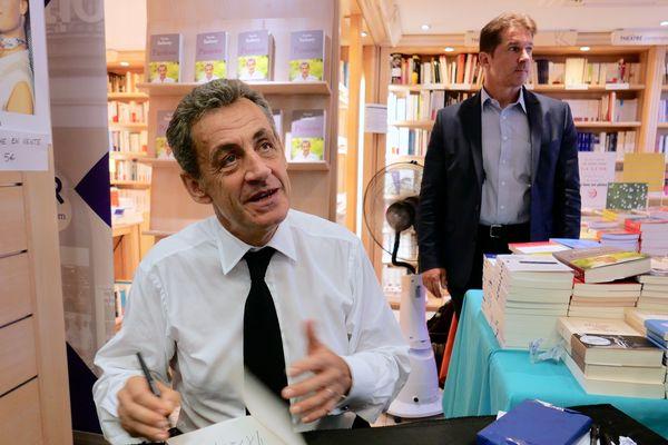 Nicolas Sarkozy En Promotion A Strasbourg Ma Place N Est Plus Dans Un Combat Politique Partisan
