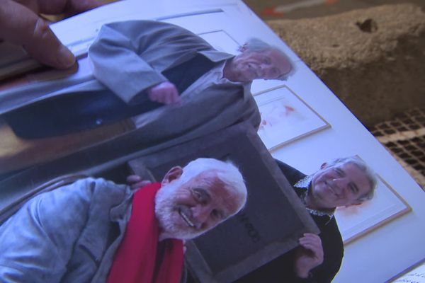 André Gourou prend la pause entre Jean Paul Belmondo et Jean Rochefort