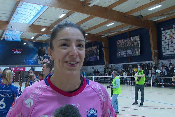 Hélène Falcone, la gardienne, ne cache pas sa joie après ce match gagné contre Toulon.