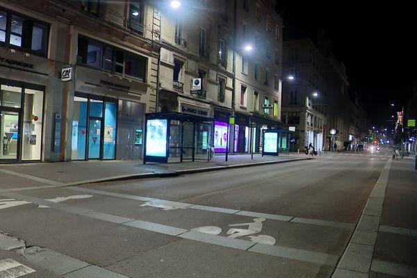 Rue Jeanne d'Arc à Rouen : 22 heures le samedi 18 octobre 2020