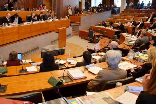 Séance plénière au conseil régional du Limousin, 17-10-2013