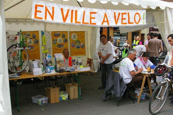 Donner davantage de place au vélo dans la ville de Rennes, c'est ce que souhaite l'association Rayons d'action