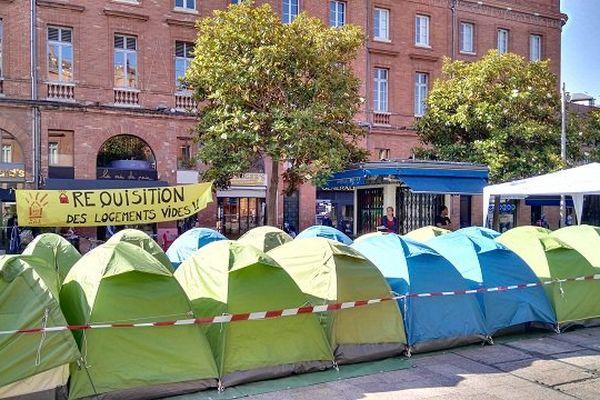 Les tentes sont revenues à Wilson