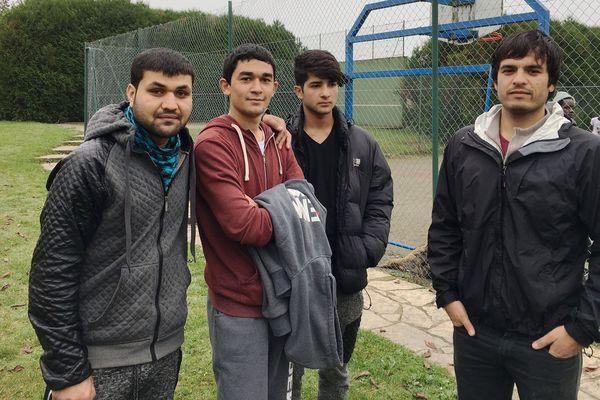Réfugiés Afghans au CAO de Villeblevin (89)