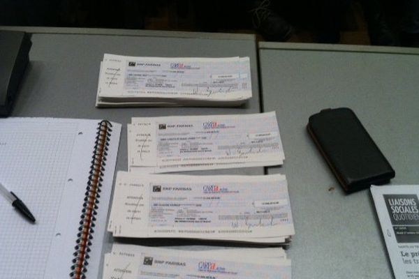 Les 326 chèques de 13.500 euros