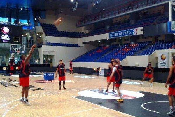 Avant la finale de la coupe de France, entraînement ce dimanche à Coubertin pour le Sluc Nancy basket.