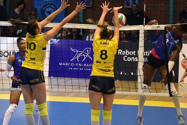 Le VBN (en jaune) face à Marcq-en-Barœul en demi finale