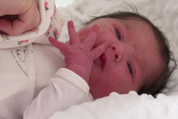 La petite Rose est née à 00 h 02 le 1er janvier 2021