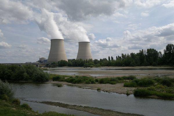Centrale nucléaire de Belleville dans le Cher