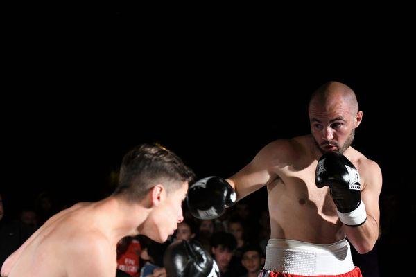 Il ne monte pas sur scène, mais sur le ring. Le champion de boxe et enfant du quartier David Papot lors de Bouge 2019