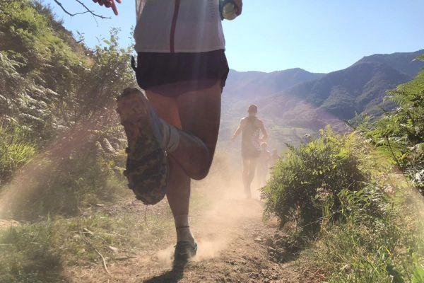 Le Cantal terre d'accueil du Trail, des courses sur toutes sortes de chemins en montagne