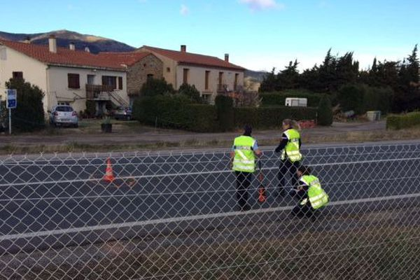 Les gendarmes procèdent aux relevés métriques 24 h après le drame.