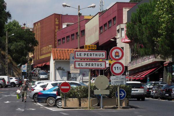 Le Perthus, entre France et Espagne, dans le colimateur du service de répression des fraudes espagnol. ARCHIVES