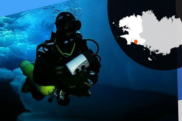 Emmanuelle Perié lors d'une plongée sous la banquise