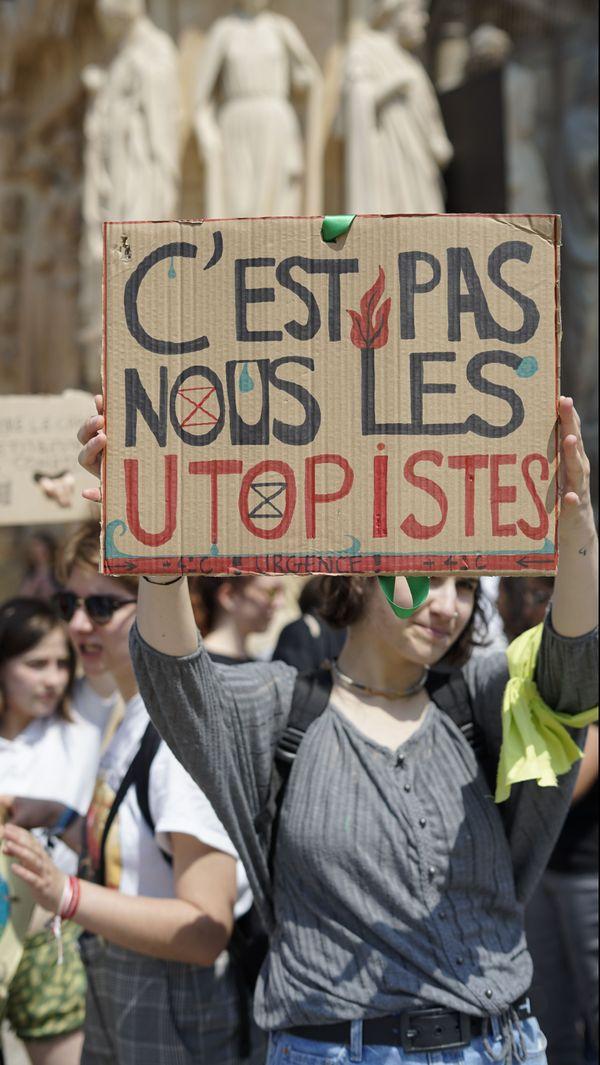 Les lycéens ont marché pour le climat à Reims
