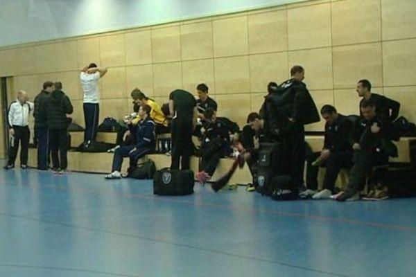 Hambourg (Allemagne) - les handballeurs du MAHB au pied du mur pour les qualifications en 8e de finale de la Ligue des champions - 22 février 2013.
