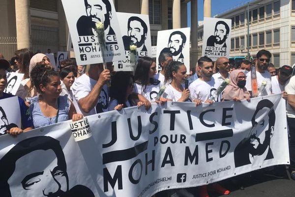 La famille de Mohamed Gabsi se réunit les 8 de chaque mois pour réclamer que justice soit faite - 06.20