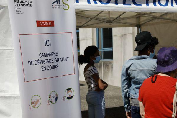 Campagne de dépistage à Laval, le 18 juillet 2020