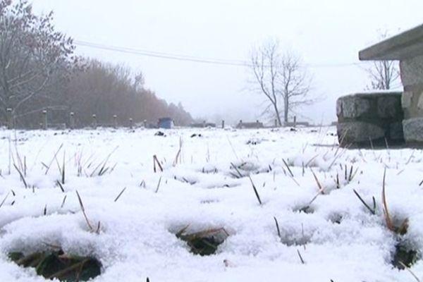 Mont-Louis (Pyrénées-Orientales) - premières neiges en montagne - 26 novembre 2012.