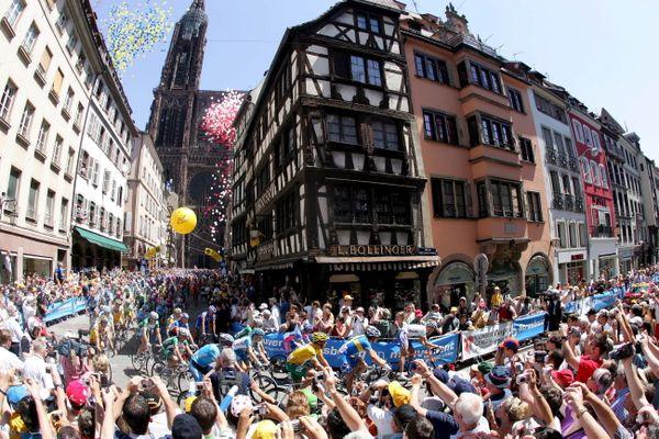Strasbourg a accueilli le Grand départ du Tour de France en 2006.