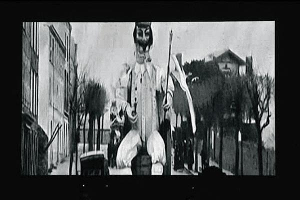 La première cavalcade du Carnaval de Granville a eu lieu en 1875.