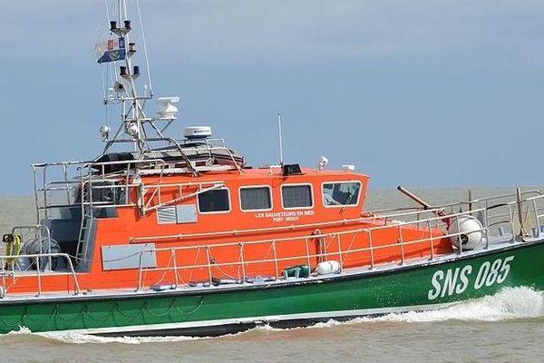 Le canot SNSM de Soulac sur Mer est intervenu la nuit dernière pour prêter secours à un voilier en difficulté
