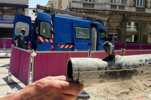 La canalisation de gaz endommagée sur le chantier du tramway à Besançon