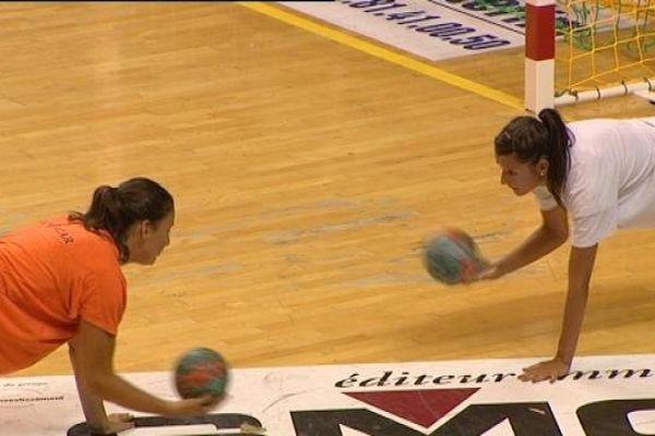 Un entraînement physique mais avec ballons quand même pour les filles de l'ESB