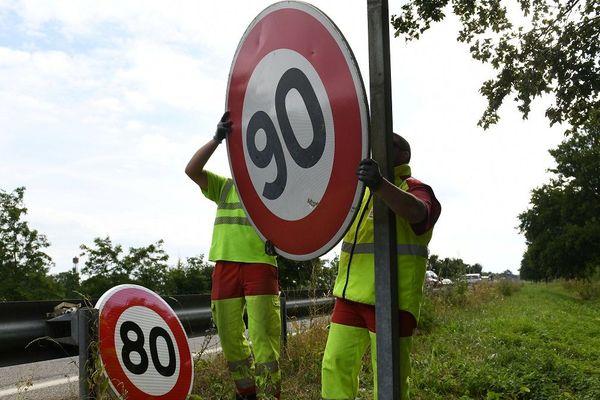 La vitesse sur les départementales du Cantal sera à nouveau de 90 km/h dans le courant du mois de janvier.