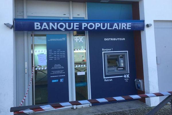 Le braquage s'était déroulé dans l'agence de la Banque Populaire du Bois-Plage sur l'île de Ré.