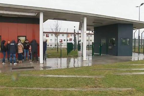 Plusieurs surveillants de la prison de vendin-le-Vieil se mobilisent suite à l'agression de Condé-sur-Sarthe