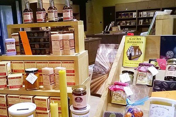 Plus de 500 produits à la vente aux abbayes de Fontmorigny et Noirlac