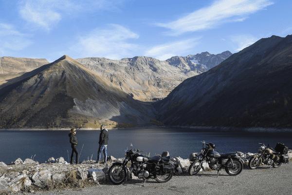 Les paysages des Alpes et la plaisir de la course.