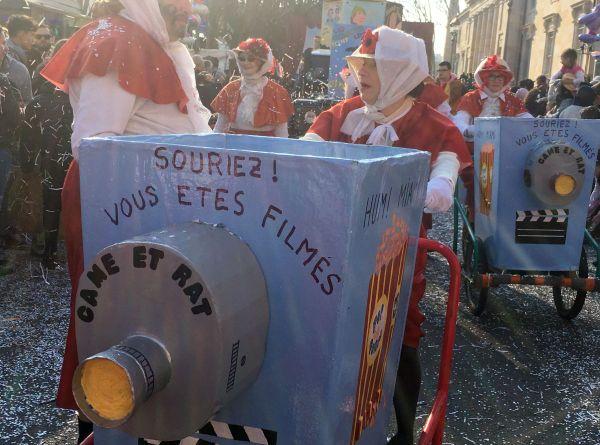 Un millier de figurants ont accompagné sa majesté Carnaval dans les rues de Chalon-sur-Saône dimanche 24 février 2019