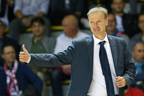 L'entraîneur de la SIG, Vincent Collet.