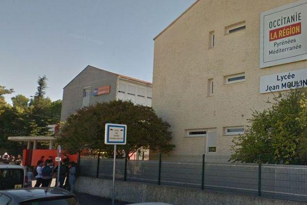 Pézenas (Hérault) - la cité scolaire et le lycée jean Moulin - archives